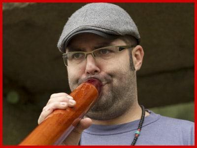 Profesor Tomás Didgeridoo